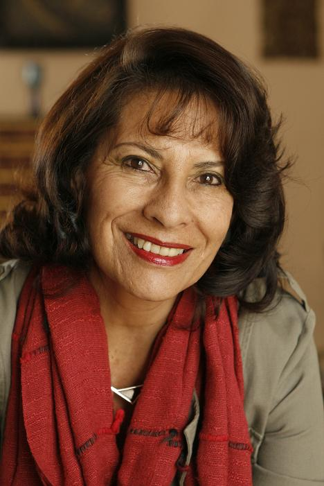 DÁVALOS ARZE, GLADYS (1950-2012)